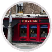 Doyles The Times We Live Inn - Dublin Ireland Round Beach Towel