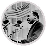 Dr Martin Luther King Jr Round Beach Towel
