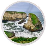 Dramatic View Of Shark Fin Cove In Santa Cruz California. Round Beach Towel