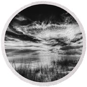 Dream Of Better Days-bw Round Beach Towel