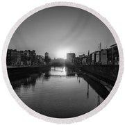Dublin Sunrise - Liffey River In Black And White Round Beach Towel