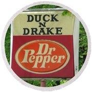 Duckter Pepper Round Beach Towel
