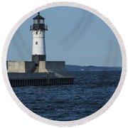 Duluth N Pier Lighthouse 40 Round Beach Towel
