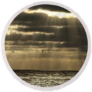 Dusk On Pacific Round Beach Towel