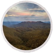 Dusk Over Mount Solitary Round Beach Towel