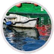 E17 Reflections - Lyme Regis Harbour Round Beach Towel