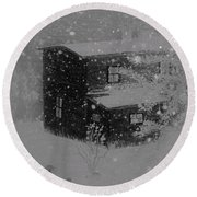 Early Blizzard At The Old Homestead Round Beach Towel