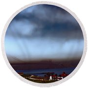 Early Morning At The Golden Gate Round Beach Towel