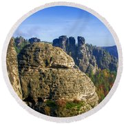 Early Morning On Neurathen Castle Round Beach Towel
