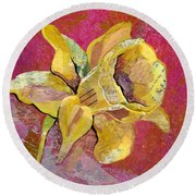 Early Spring I Daffodil Series Round Beach Towel