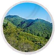 East Peak Of Mount Tamalpias-california Round Beach Towel