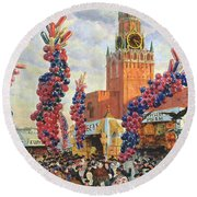 Easter Market At The Moscow Kremlin Round Beach Towel