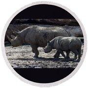Eastern Black Rhinos Mama N Baby Round Beach Towel
