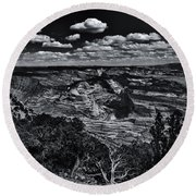 Echo Park From The Ridge Black And White Round Beach Towel