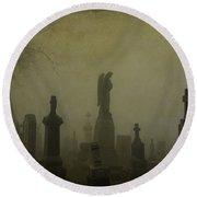 Eerie Darkness In The Fog Round Beach Towel