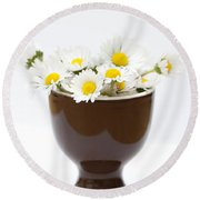 Eggcup Daisies Round Beach Towel