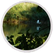 Egret Over The East River Round Beach Towel