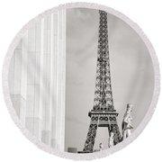 Eiffel Tour Paris Black And White Round Beach Towel