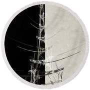 Eiffel Tower Abstract Bw Round Beach Towel