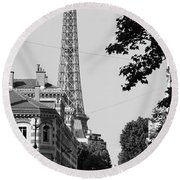 Eiffel Tower Black And White 4 Round Beach Towel