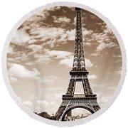 Eiffel Tower In Sepia Round Beach Towel