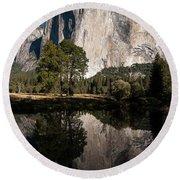 El Capitan In Yosemite 2 Round Beach Towel