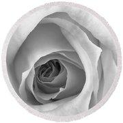 Elegant Rose In Black And White Round Beach Towel