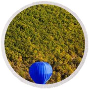Elevated View Of Hot Air Balloon Round Beach Towel
