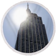 Empire State At Hign Noon Round Beach Towel