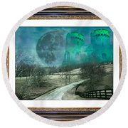 Enchanting Evening With Oz Round Beach Towel