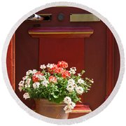 Entrance Door With Flowers Round Beach Towel
