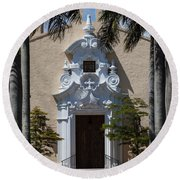 Entrance To Congregational Church Round Beach Towel