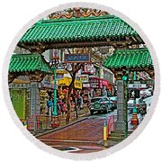 Entry Gate To Chinatown In San Francisco-california Round Beach Towel