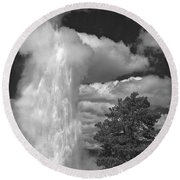 Eruptions By The Clock Round Beach Towel