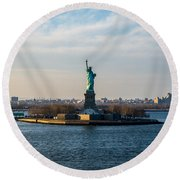 Escape From Ny Round Beach Towel