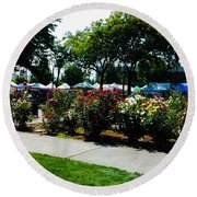 Esther Short Park Rose Gardens Round Beach Towel