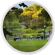 Evening In Central Park Round Beach Towel