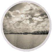 Everglades Lake 6919 Bw Round Beach Towel