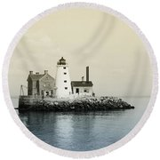 Execution Rocks Lighthouse New York  Round Beach Towel by Bill Cannon