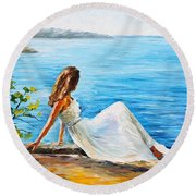 Expectation Of My Love Round Beach Towel