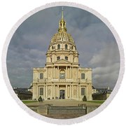 Facade Of The St-louis-des-invalides Round Beach Towel