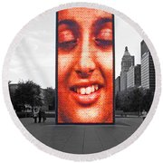 Face On Michigan Round Beach Towel
