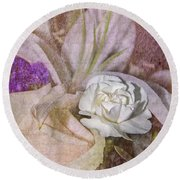 Faded Beauty Round Beach Towel