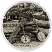 Faded Country Time Banjos Round Beach Towel