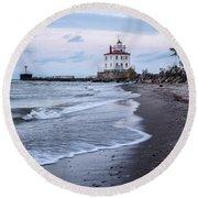 Fairport Harbor Breakwater Lighthouse Round Beach Towel