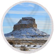 Fajada Butte In Snow Round Beach Towel