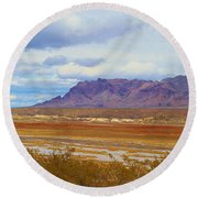 Fall Colors In The Lake Bed Round Beach Towel