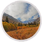 Fall In Lundy Canyon Round Beach Towel