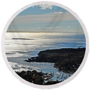Fall In Rockport Round Beach Towel