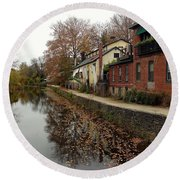 Fall On The Canal Round Beach Towel